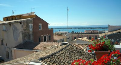 Photo for CIVICO5 ORTIGIA - SEA VIEW TERRACE - FREE WiFi - Renovated and air-conditioned