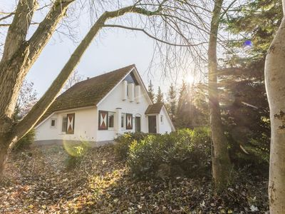 Photo for Extra luxury 4-person bungalow in the holiday park Landal Landgoed Aerwinkel - rural location