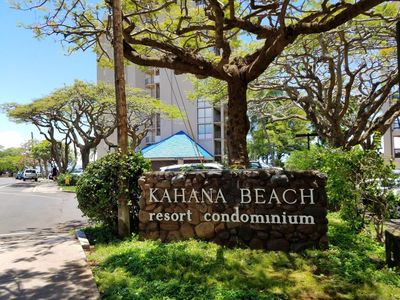 Photo for Great ocean view at the best price on West Maui