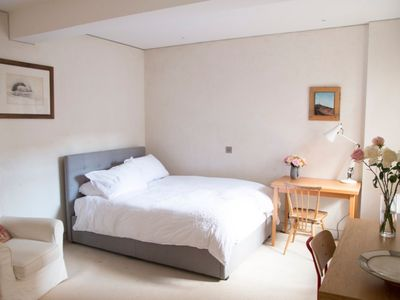 Photo for Light and functional flat in Chelsea/by Kings Road