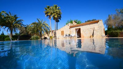 Photo for Beautiful Villa for 8 PAX, surrounded by gardens, pool, in the heart of Mallorca