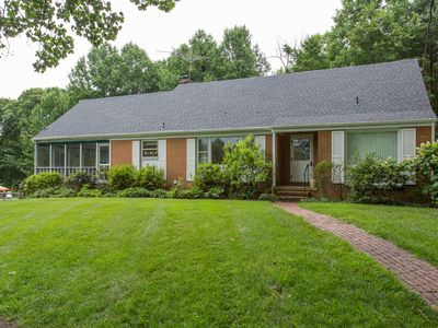 Clarington   Spacious Four Bedroom Home with a Pool in mountains