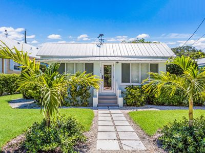 Photo for Cottage in Boca Grande's Famous Historic District