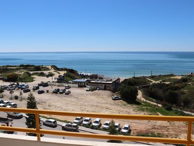 Photo for 2 Bedroom Apartment Facing The Long Sandy Beach Of Armacao De Pera