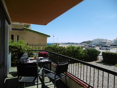Photo for Cozy apartment situated in Sant Carles (Llançà). It is located in a quiet residential area