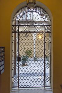 Photo for Quiet apartment in the heart of Seville with air conditioning
