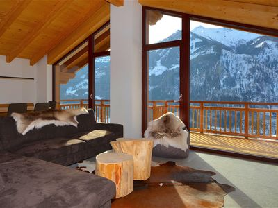 Photo for Ski-in/Ski-out Chalet Maiskogel BERGLI - NEW, modern, SAUNA & next to the ski slope