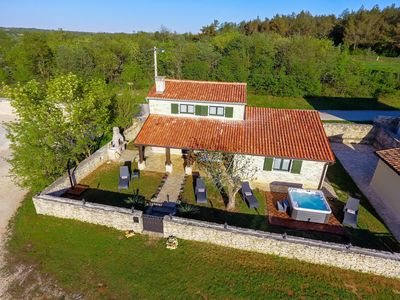 Photo for Holiday home Krunoslav, (15938), Kanfanar, Istria (continental), Croatia