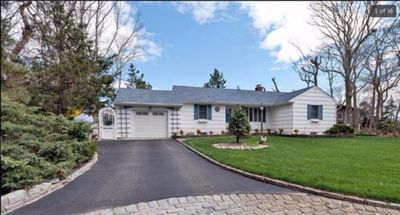 Photo for Stunning House In The Heart Of  Mattituck