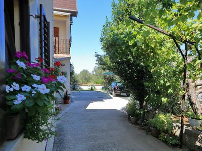 Photo for Two bedroom apartment with air-conditioning Bibinje (Zadar)