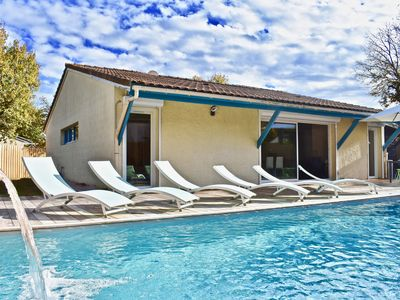 Photo for Cap-Ferret peninsula: Beautiful villa with heated pool