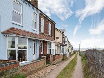 Photo for 3 bedroom accommodation in East Runton, near Cromer