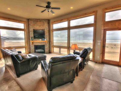 Photo for 3BR House Vacation Rental in Waldport, Oregon
