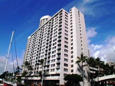 Photo for ILIKAI MARINA OCEANFRONT 3 -ONE BEDROOM AND VIEW