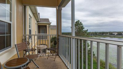 Photo for Lovely 3 bedroom  condo in Windsor Hills. Sleeps 6, close to all theme parks