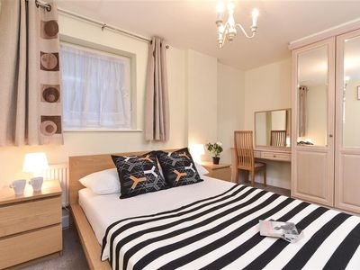 Photo for 1.2 km from the center of London with Internet, Lift, Washing machine (507152)
