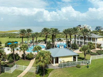 Photo for Condo on bay shores w/ shared pool & hot tub plus access to the Beach Clubs!