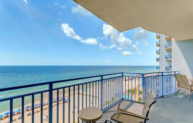 Photo for Sterling Breeze 802-2BR+Bunks- BeachFRONT- Poolside Wine Bar! Apr 14 to 17 $622!