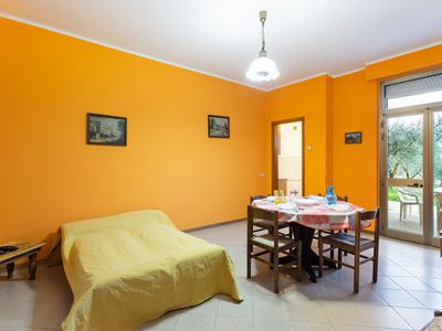 Photo for Charming Apartment in Tuoro sul Trasimeno with Swimming Pool