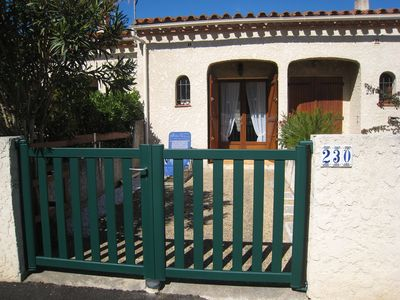 Photo for Comfortable villa in Saint Cyprien center. Fully equipped.