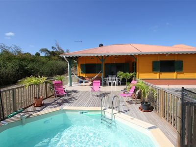 Photo for Creole villa with shimmering colours and a pool