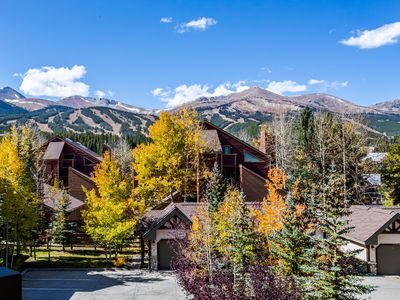 Photo for NEW LISTING! TOP FLOOR CONDO! WALK TO SKI & TOWN!
