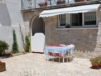 Photo for Three bedroom apartment with terrace and sea view Jezera (Murter)
