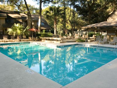 Photo for Palmetto Dunes condo w/ golf course view, shared pool, & tennis