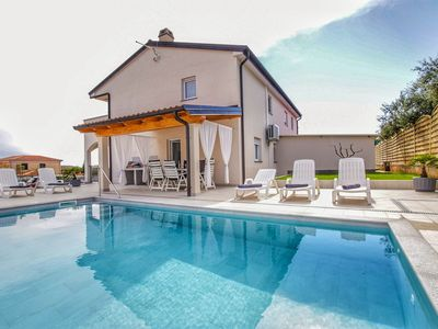 Photo for New holiday home with pool for 8 persons - only 2 km from the beach