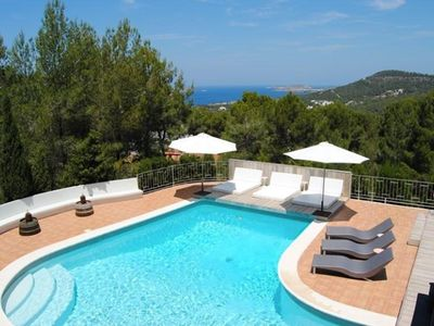 Photo for Beatiful villa with sea views