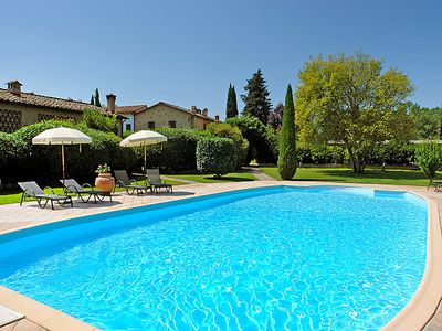 Photo for 2 bedroom Villa, sleeps 4 in Castel Petraio with Pool and WiFi