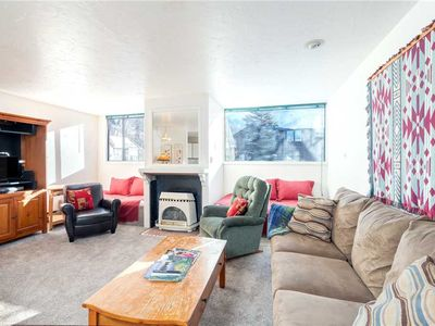 Photo for Cozy Getaway With Accommodations for 6 Guests