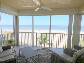 Pink Shell Vacation Villas (Fort Myers Beach, Florida, United States)