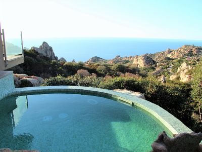 Photo for Eagle's nest above the coast, detached, sea view, pool, air conditioner, dishwasher