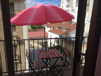 Photo for Very nice studio with well equipped balcony ideally placed at the door of St Cloud