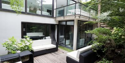 Photo for Moderne a Paris, 4-bdrm seclusion in the heart of Paris, outdoor terrace