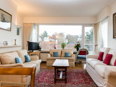 Photo for Cavell apartment in Uccle with WiFi, private roof terrace & lift.