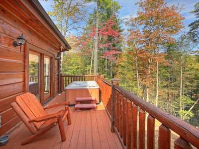 Photo for Luxury Getaway Cabin - Secluded but close to the fun