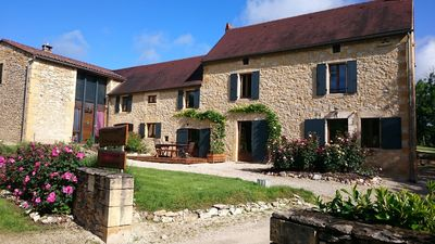 Photo for Cottage de la Mothe, Holiday houses Dordogne & Vézère 13 persons
