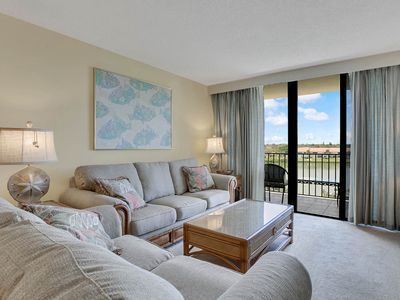 Photo for Quiet Waters 2BR w/ Pool, Narrows Condo Directly Across From Wide Beach