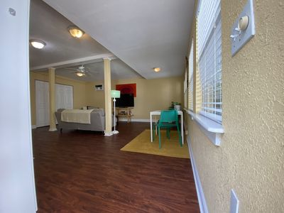 Photo for Beautiful cottage in Tampa. Walking distance to restauarants and bars.