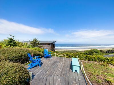 Photo for Dog-friendly & oceanview house w/private pool table & sauna
