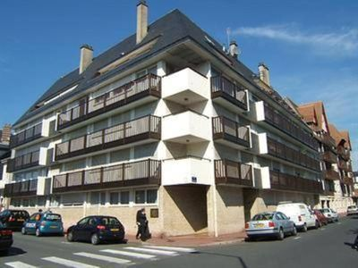 Photo for Apartment in the heart of Deauville, 500 m from the sea