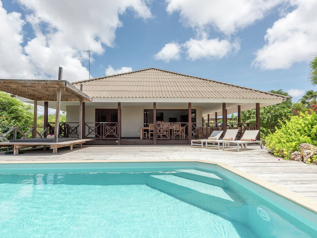 Villa With Private Pool In Jan Thiel Wille Homeaway