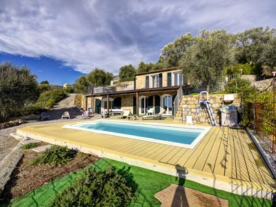 Photo for Villa Bionda sleeps 7 with private pool & large garden