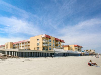 Photo for Lovely beachfront condo features shared pool & clubhouse!