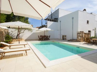 Photo for Vacation home luxury courtyard mono in Racale - 2 persons, 1 bedrooms