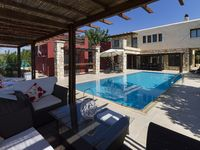 Lovely villa, very peaceful with everything you need for a great stay!