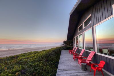 *Luxury Beach Front Home* Private beach access and the best views on the  coast! - Arch Cape
