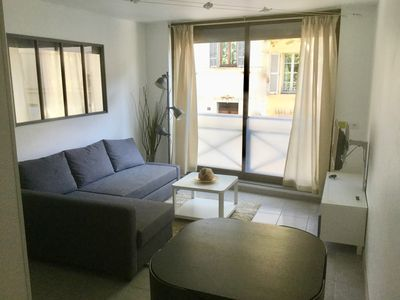 Photo for Beautiful renovated T2 in the city center of Aix